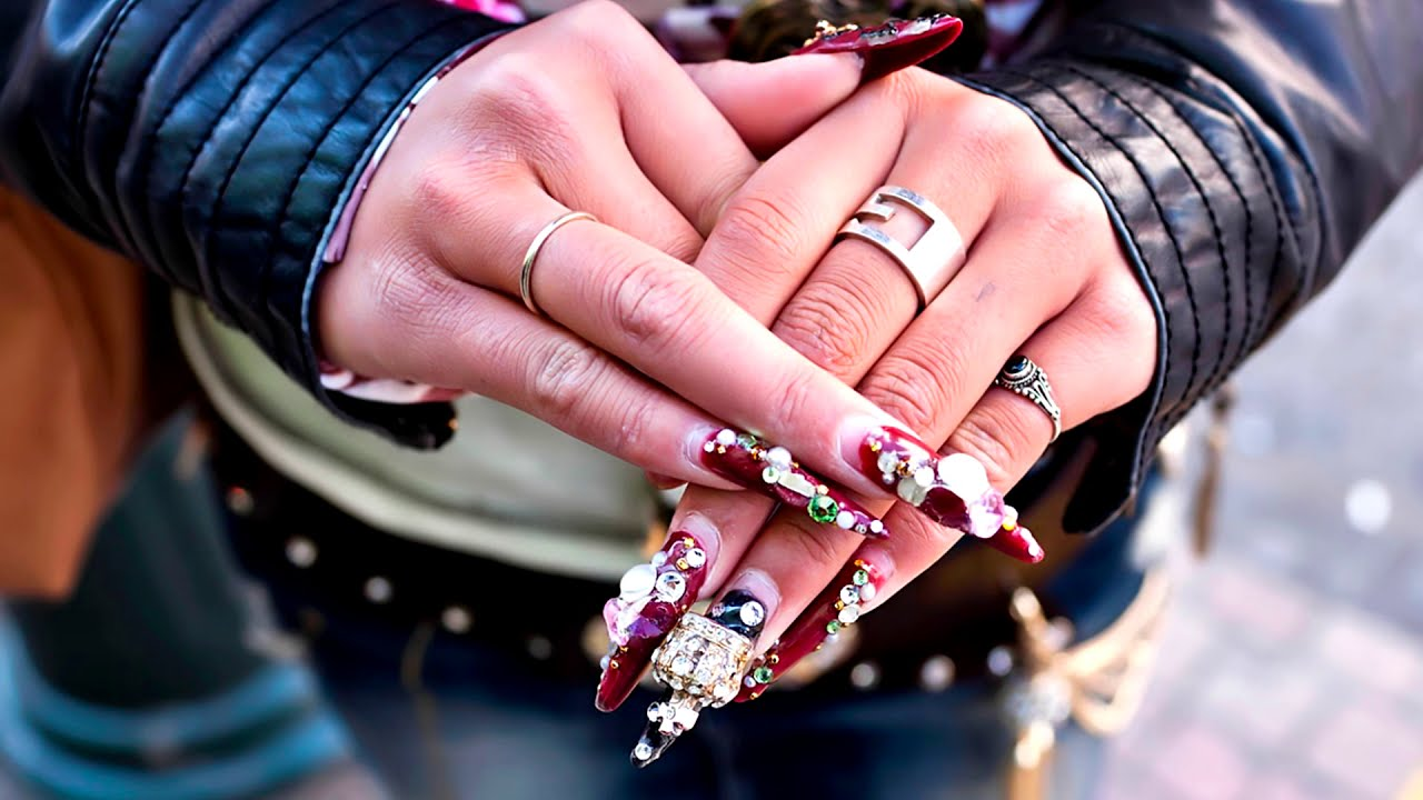 Nails & Rings 💍 Beautiful hands & Jewelry