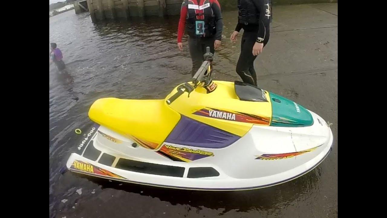 Jetskiing on the Tyne, Newcastle - Yamaha Wave Blaster 760