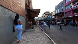 تستخدم النساء صدورها في كل شيء في المكسيك.(حقائق لا تعرفها عن المكسيك)