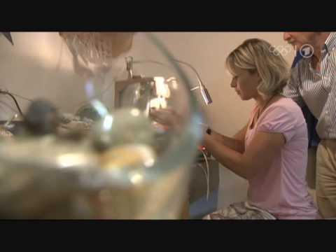 Магдалена Нойнер биатлет геолог собрает камни на родине