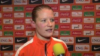 Mandy van den Berg na de wedstrijd Nederland - Zwitserland (vrouwen)
