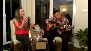 Jenna Mori & Mike -Rocking Around The ChristmasTree (Cover) Home Session