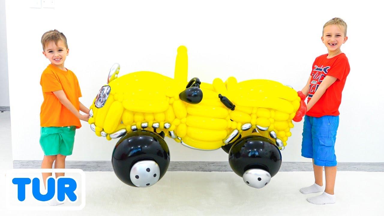 Vlad ve Nikita oyuncak araba balonlarla oynamak gibi davran
