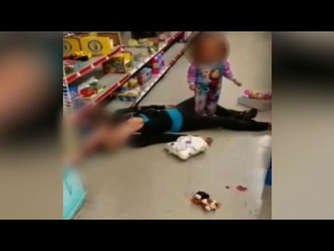 Video shows mom overdose beside toddler