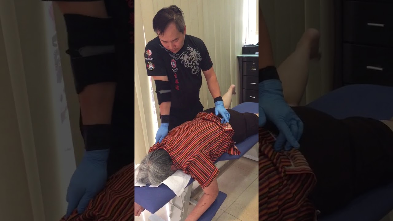 Master Chris Leong treatment on Leong Sin