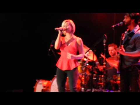 "Kellie Pickler-""Best Days of your life"" Florida Strawberry Festival"