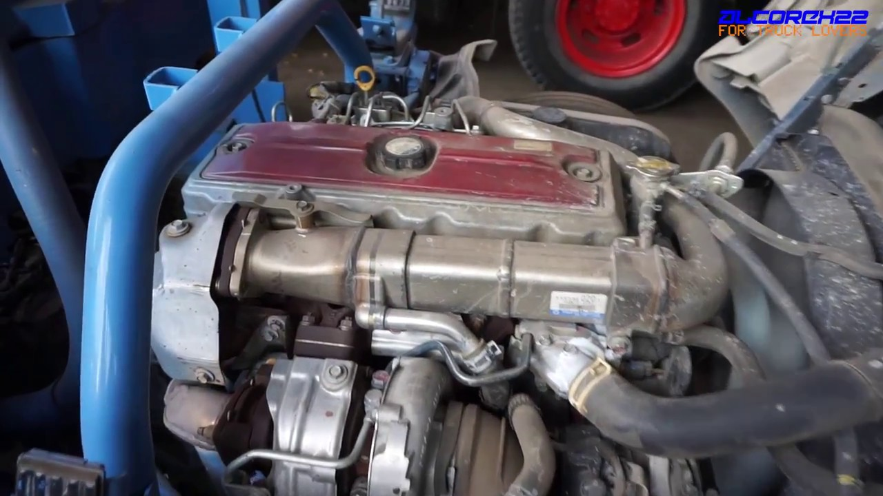 hino n04c euro5 engine view youtube rh youtube com Hino Ho7c Engine Workshop Manual hino n04c service manual