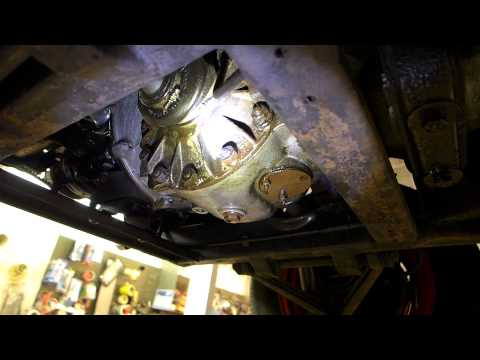 1961 Auto Union DKW 1000S underside inspection