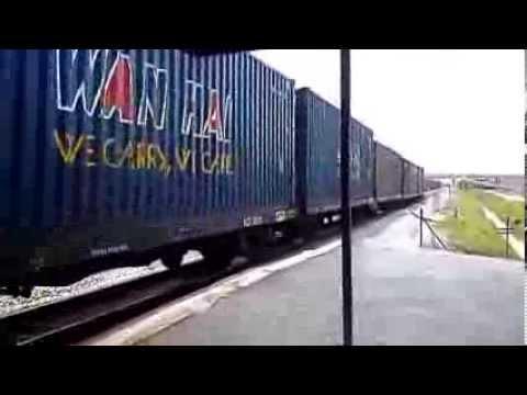 KTM 134 Crossing Bangkok Ekspress di Tokai 20/10/2013