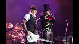 Hollywood Vampires - Heroes (David Bowie Cover) live performed by Johnny Depp, 14.6.2018