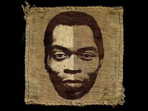 Fela Kuti - Water no get enemy