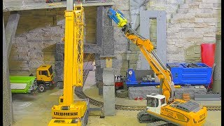Rc construction machines! Cool Liebher 970 excavator & Crane! Special equipment! Rc live action 2017