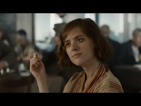 Babylon Berlin S01 E04 Charlotte and Greta lunch scene