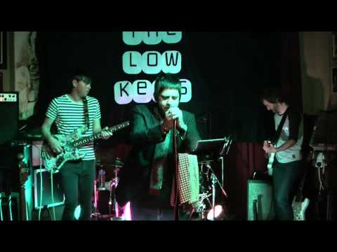 The Low Keys - King Bee (live @ the Duck and Drake, Leeds April 2015)