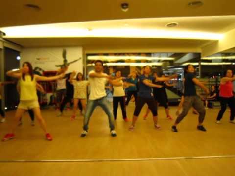 Lucky Tu Lucky Me - Humpty Sharma Ki Dulhania Bollywood Dance Fitness - Master Deepak