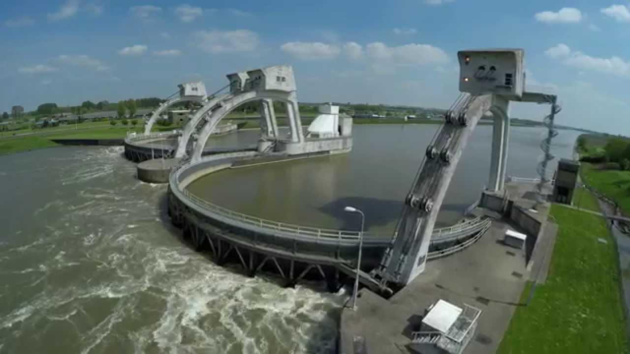 WOUW! Luchtopnames Stuwdam Hagestein Drone (UltraHD 4K) - YouTube