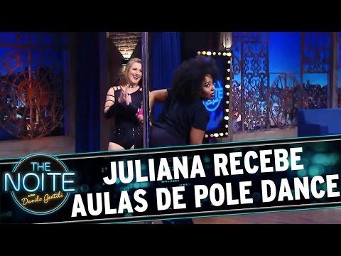 The Noite (04/05/16) - Juliana recebe aulas de Pole Dance da Renata Wilke