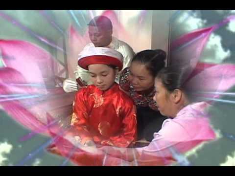 Hầu Đồng :Nguyễn Thị Phương Thảo ( 9tuổi ) hầu Quan Lớn Đệ Tam.flv