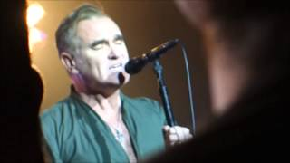 Morrissey-HAND IN GLOVE[The Smiths]-Live-May 14, 2014-Sunshine Theater, Albuquerque, NM-MOZ