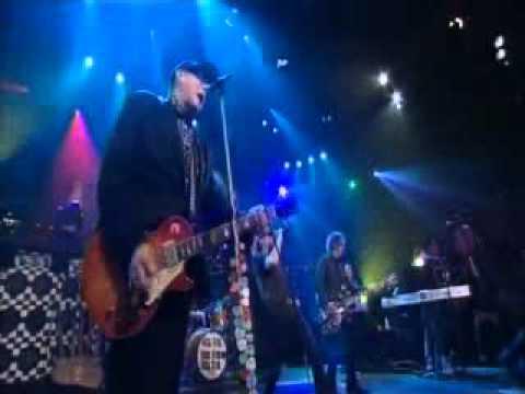Cheap Trick - (7/11) sickman of europe. Live 2010