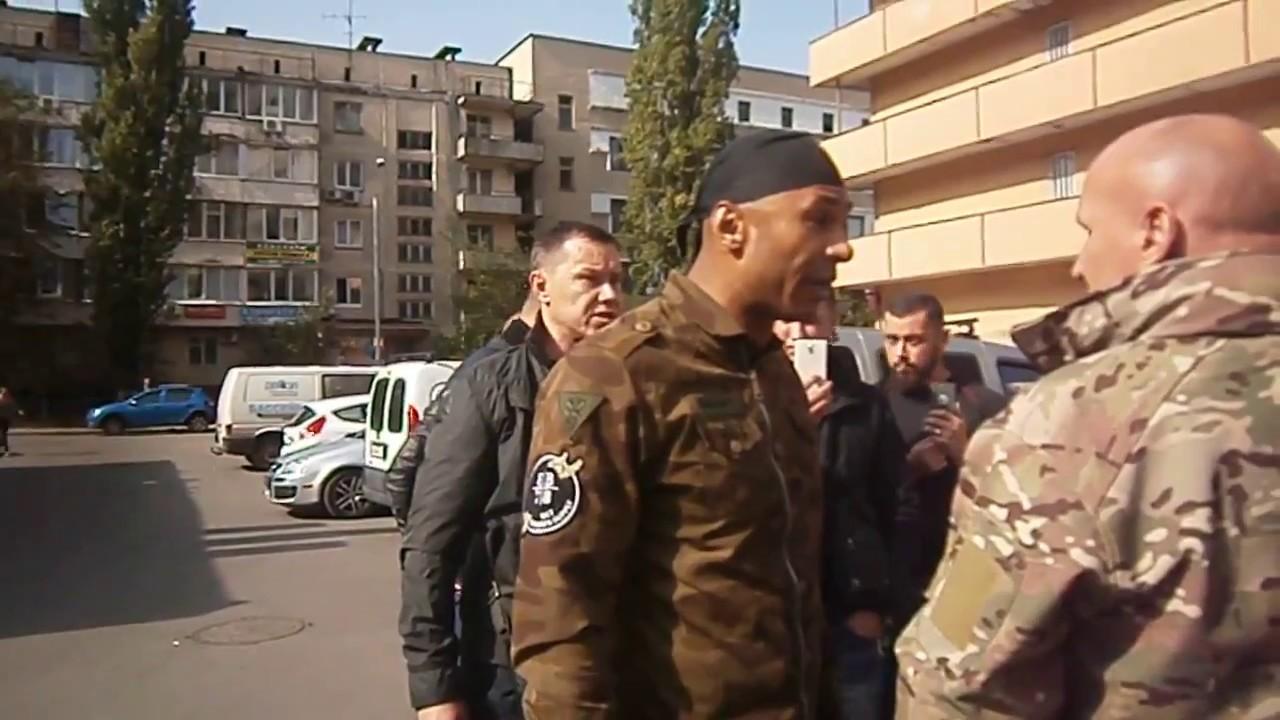 Суперечка між Провідником Добровольчого Руху ОУН Миколою Коханівським та Марком Глухончуком.