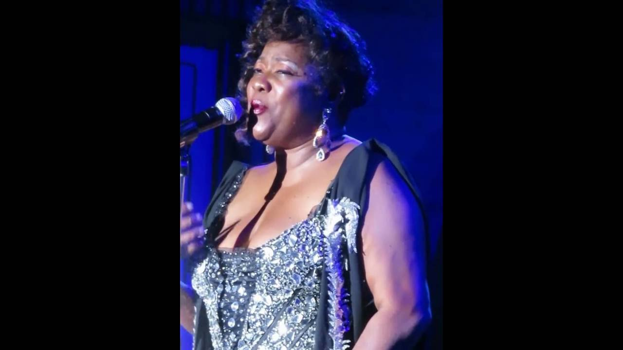 loretta devine performing quotlistenquot from the dreamgirls