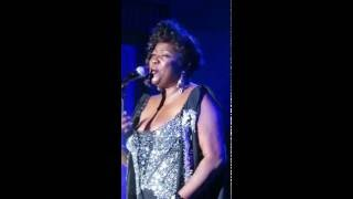 "Loretta Devine performing ""Listen"" from the Dreamgirls movie live at the 35th Anniversary Reunion"