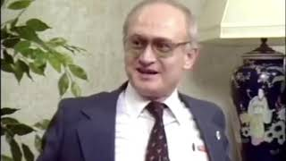 KGB defector Yuri Bezmenov's warning to America (1984)