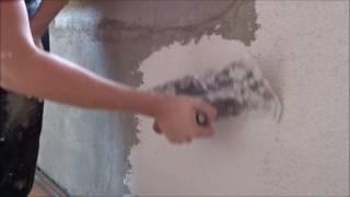 Strukturputz selber machen Rauputz Putztechniken Wand verputzen