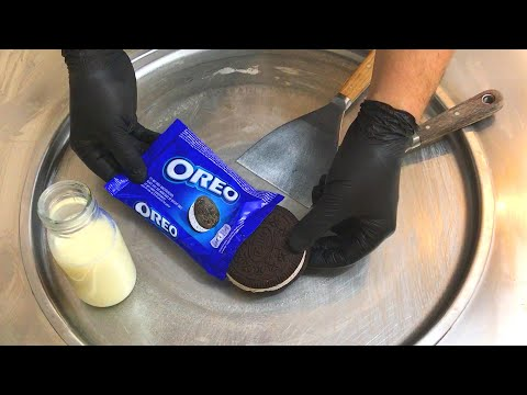 GIANT Oreo Sandwich - Ice Cream Rolls | how to make an Oreo Ice Cream Sandwich to Ice Cream Rolls