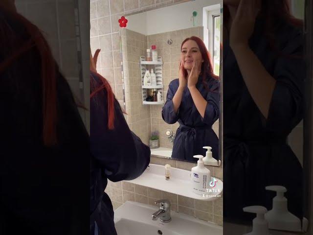 Curatarea tenului acasa cu produse dermato-cosmetice