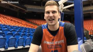 A roommate quiz challenge with Boise State basketball