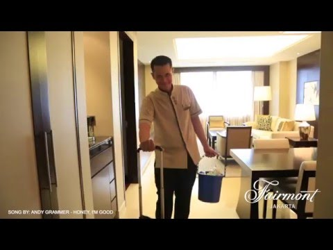 How Our Housekeeper Prepares Your Room