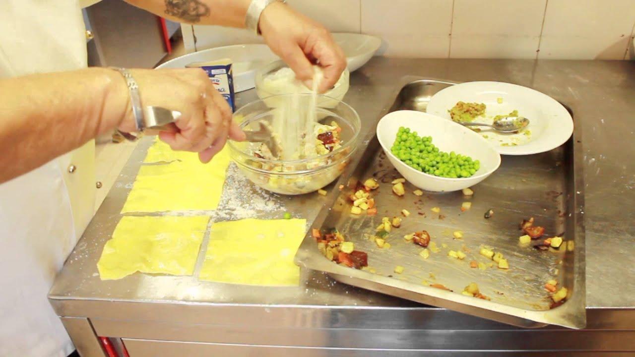 Ricette vegetariane facili e veloci cannelloni for Ricette vegetariane