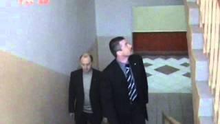 Видео наших партнёров. Студия КГБ. Азбука телохранителя. Ролик 19(Один телохранитель. Тактика пешего сопровождения. Сопровождение в помещении. Прохождение лестниц. Клип..., 2016-03-03T22:43:38.000Z)
