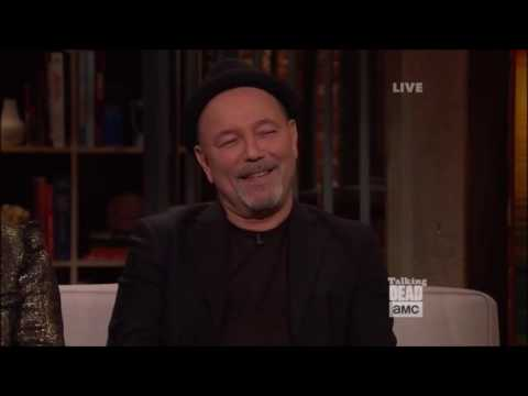 "Talking Dead (Fear) - Rubén Blades - How to pronounce ""Blades"""
