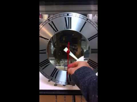 Howard Miller art modern clock