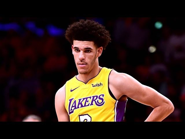 lonzo-ball-nba-debut-blake-griffin-dunks-on-randle-clippers-vs-lakers-2017-18-season