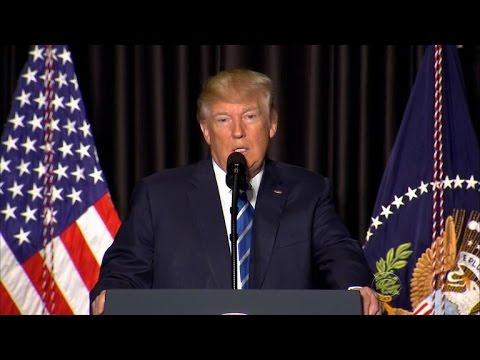 Trump keeps up attacks on federal judiciary