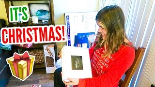 OPENING CHRISTMAS PRESENTS!! Vlogmas Day 25!