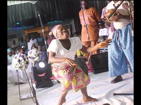 Odunlade Adekola Dance & Sprays Money On This Awesome Ibadan Band As Woli Agba Storm In