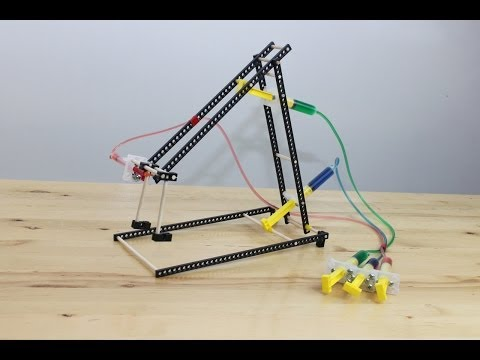 TeacherGeek   Hydraulic Arm Build