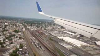 Landing in: EWR Newark Liberty International Airport, New Jersey