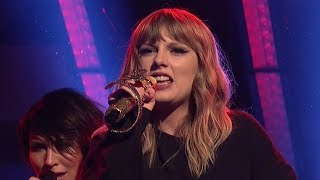 "Taylor Swift SLAYS SNL Performances of ""...Ready For It?"" & ""CIWYW"""