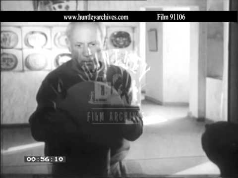 Pablo Picasso and Andre Gide.  Film 91106
