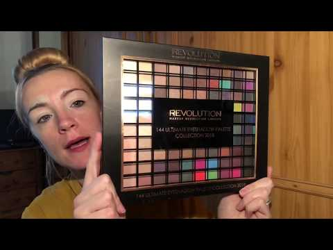 Using The Makeup Revolution 144 Ultimate Eyeshadow Palette