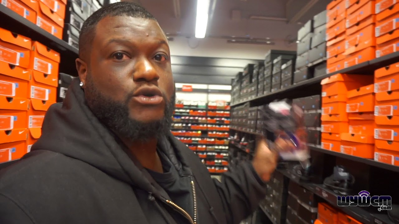 Independientemente Mostrarte Soldado  Nike Outlet Black Friday: Sale 25% to 55% OFF!!!! - YouTube