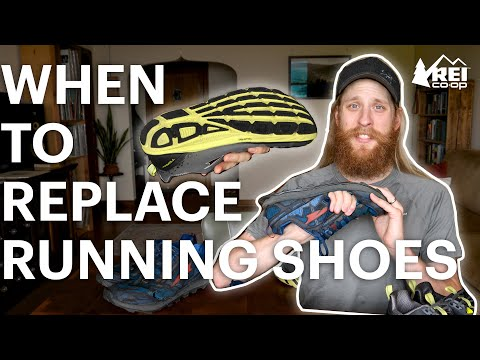 When to Replace Your Running Shoes || REI