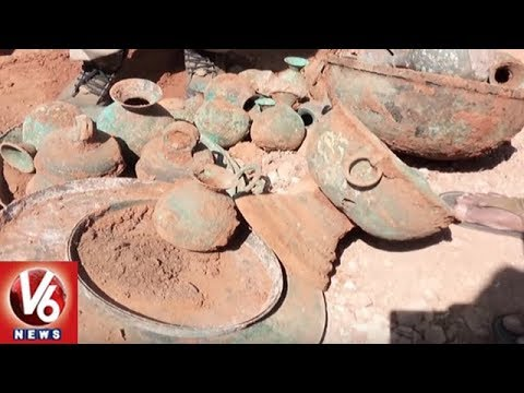 Tunnel Found In Rudraksha Mutt At Srisailam Temple | V6 News