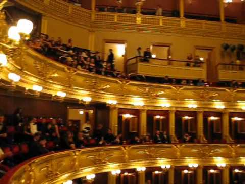 The Prague State Opera House before a show 2008
